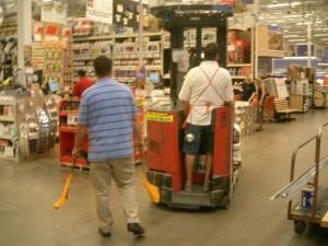 AZ_HomeDepot-2005.09.25-19.22.10